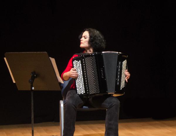 Marie Nöelle, profesora de acordeón